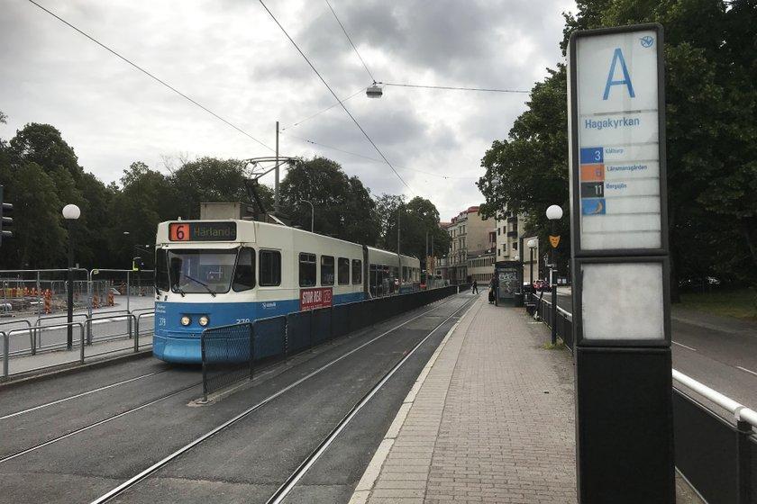 Kollektivtrafiken är avstängd förbi Hagakyrkan under 17 veckor i sommar.