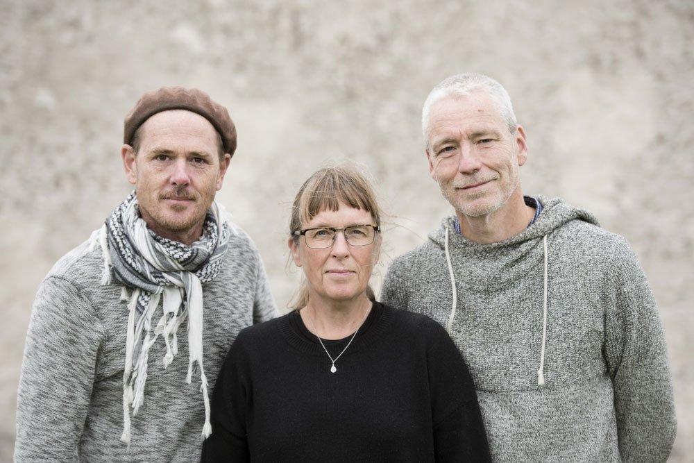Fotografen Roine Magnusson  och författarna Åsa och Mats Ottosson. Foto: Roine Magnusson