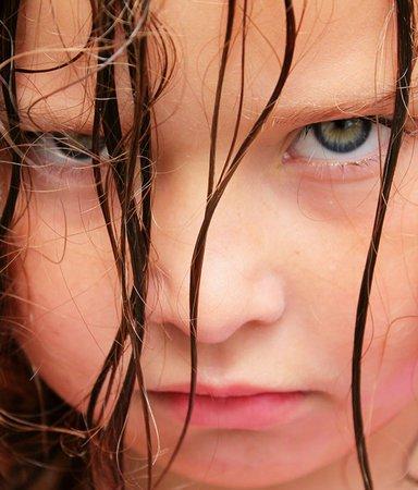 12 barn- och ungdomsböcker om att inte ta någon skit
