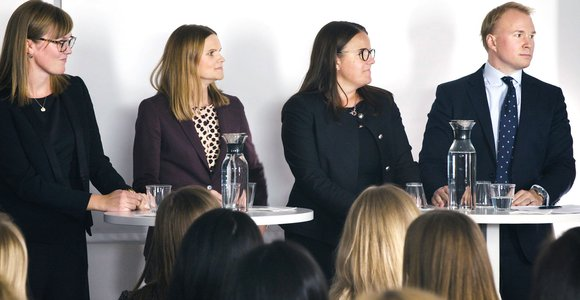 Ida Hermansson, Erica Hegerin, Emma Berglund & Emil Hedberg.