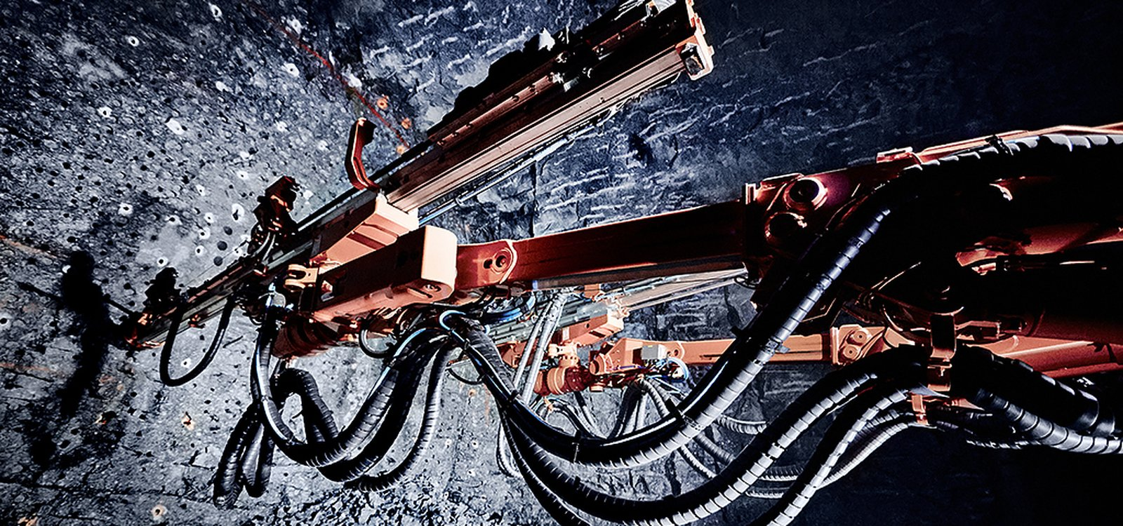 The rig's drilling and boom control system for the first time introduces torque-based drilling control in the Sandvik mining jumbo fleet.