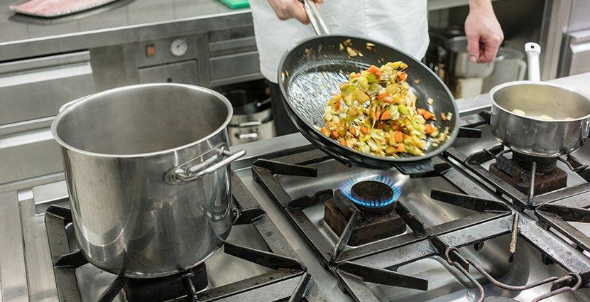 Projektet riktar sig till personer med erfarenhet inom<br />  måltidssektorn men saknar yrkeslegitimation. Foto: Colourbox