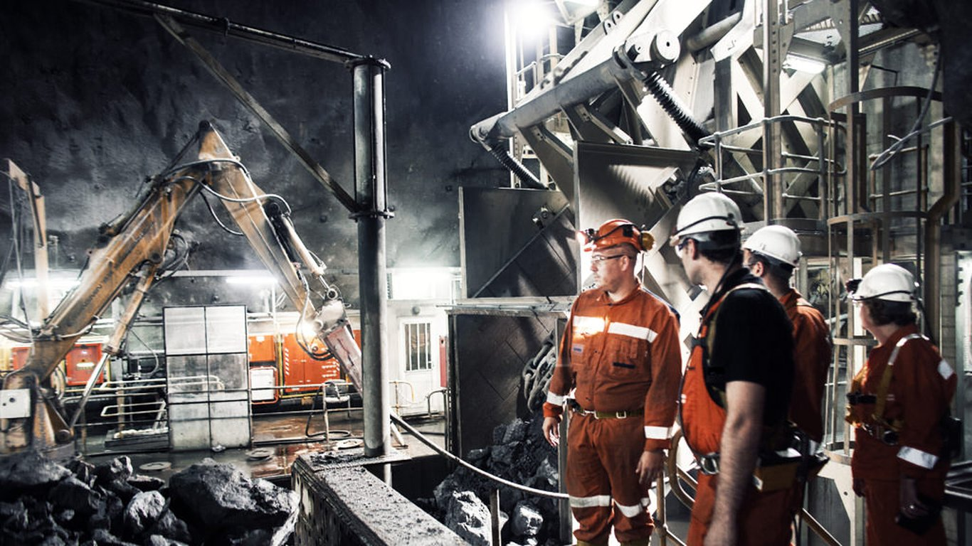 <p>DPM's Chelopech mine in Bulgaria is a great example of how technology-based innovations and cultural changes can bring drastic transformations to even the most neglected mine. It has quadrupled production since DPM acquired it in 2003.</p>