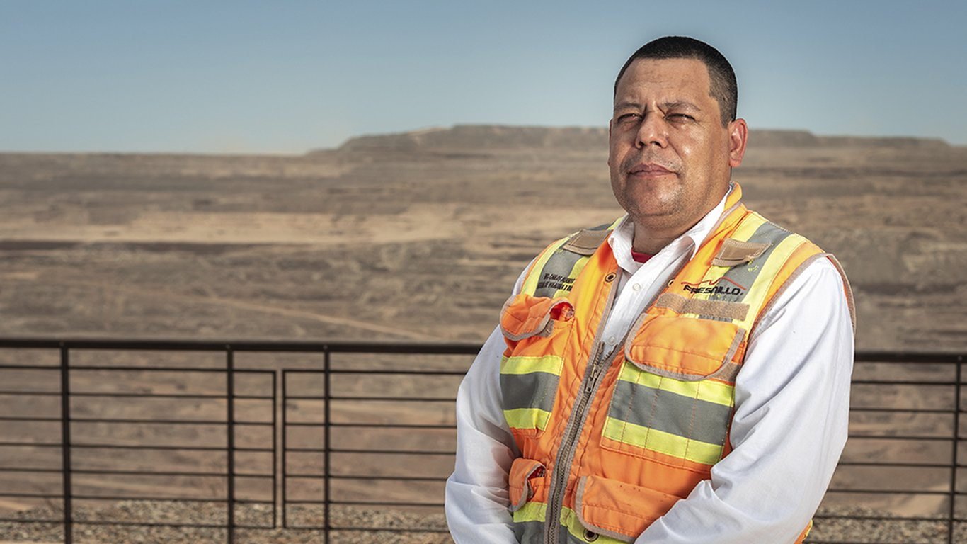 <p>For Carlos Alberto Torres Gámez, the mine drill and blast chief at La Herradura, safety is of utmost importance.</p>
