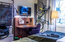 Fler hotell hakar på cykeltrenden