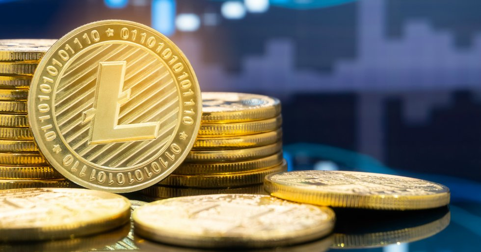 Litecoin loses the most on calm markets