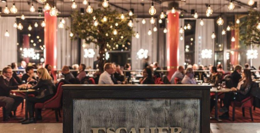 Mazarinen är ohotad från Globens menyer. Enligt Grand Escaiers Lena Snygg är den gästernas givna arenatilltugg.