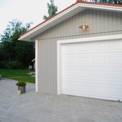 Klassisk garageport