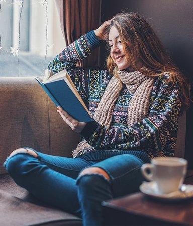 Redaktionens boktips: Det här läser och lyssnar vi på i december