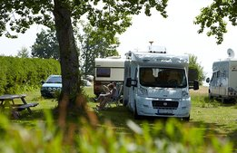 Höjd skatt på husbilar kan bromsa campingens tillväxt