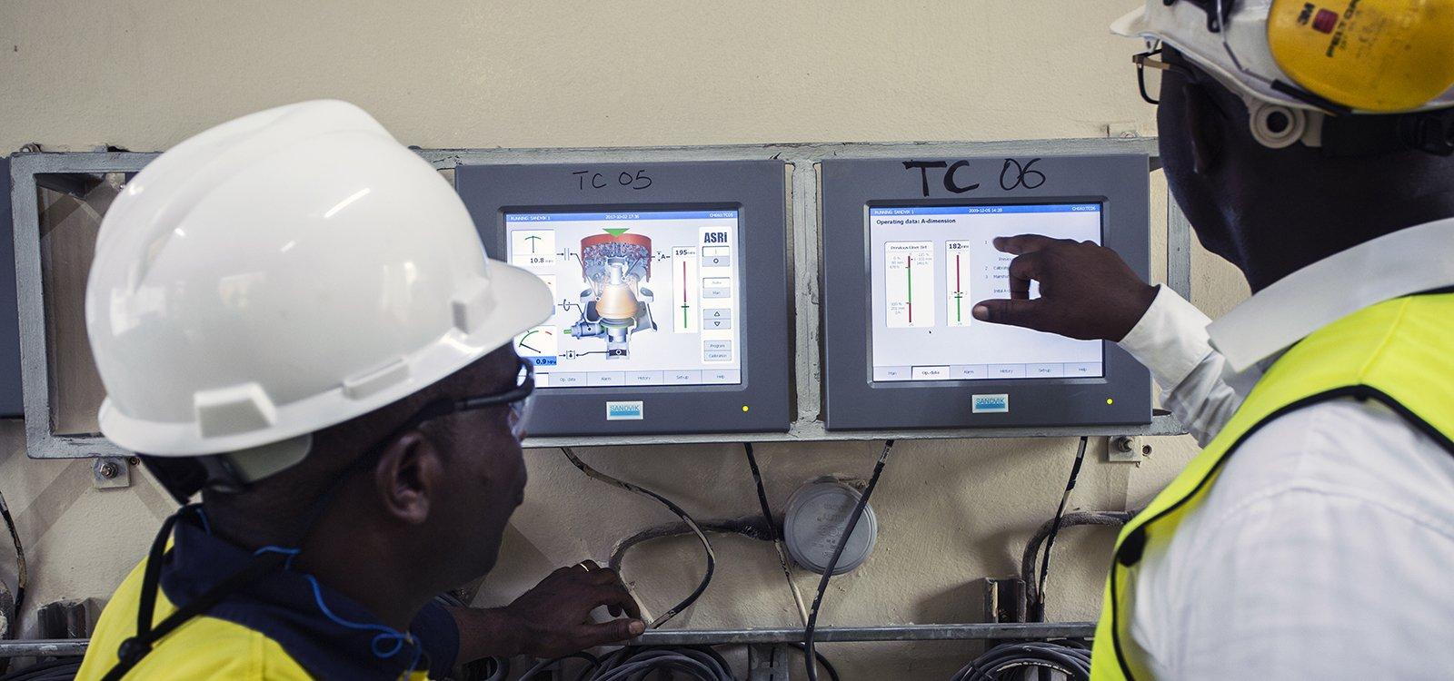 <p>Sandvik provides technical training along with the crushing equipment at Tarkwa's plant.</p>