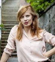 """Lydia Sandgrens """"Samlade verk"""" tokhyllas av recensenter just nu"""