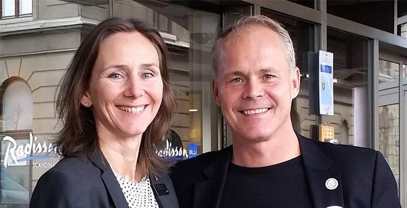 Jessica Rivle, hotelldirektör på Radisson Blu Scandinavian Hotel, och Pelle Johansson, VD på Hagabadet, slår sin påsar ihop och satsar på spa på hotellet.