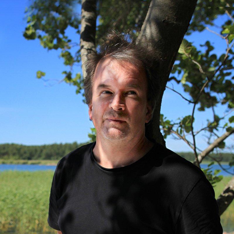 """Kjell Westö: """"En sån här idé till och den tar död på mig"""""""