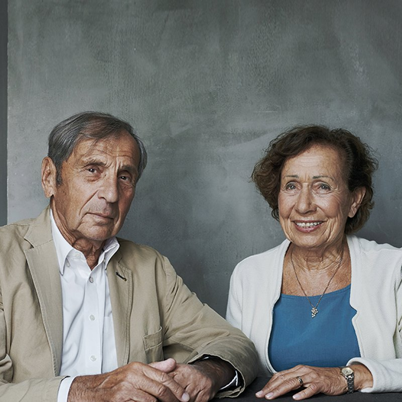 Förintelsen utplånade deras barndom - nu berättar de om tingen som blev kvar
