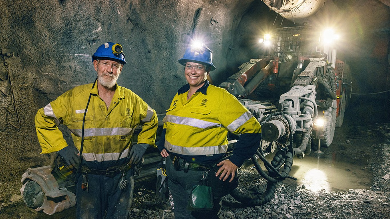 <p>Roper feels that women could do a better job of marketing themselves to other women in both traditional and non-traditional mining roles.</p>