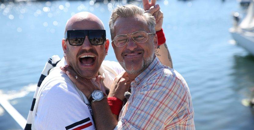 Programledarduon Jonas Hallberg och Tony Irving.