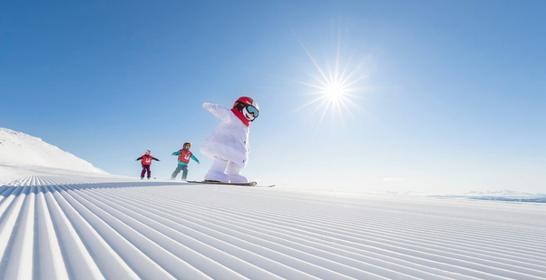 SkiStar lockar framtida besökare genom unik chatt med Valle