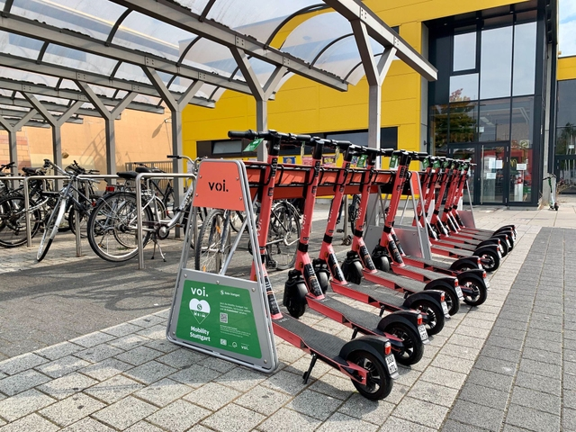 Voi and S-Bahn bring e-scooter parking stations to Stuttgart