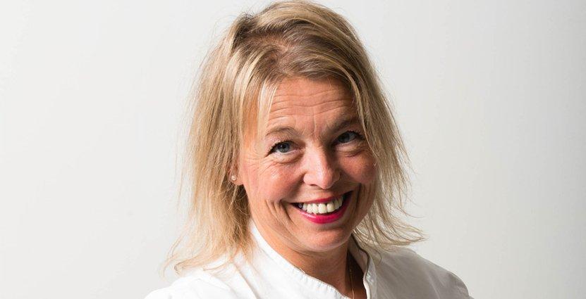 På ny turné – och nytt jobb. TakeOvers medgrundare Lisa Lönner Pulkkinen lagar en helt ny höst. Foto: Mikael Björkqvist.