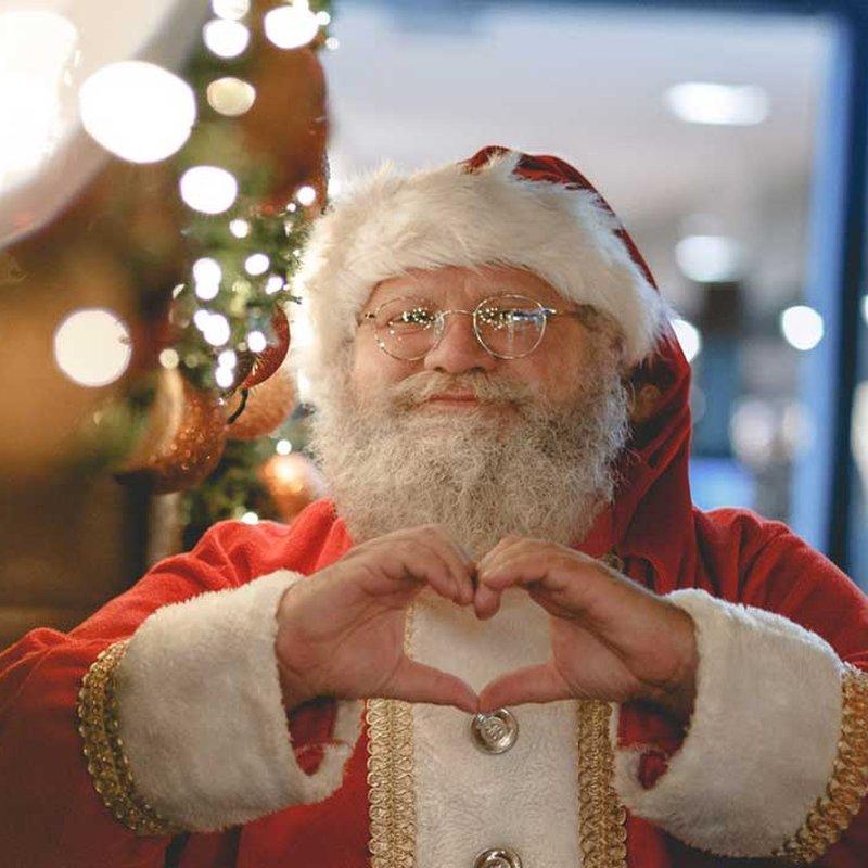 Bota julstressen med 8 inte helt perfekta bokjular