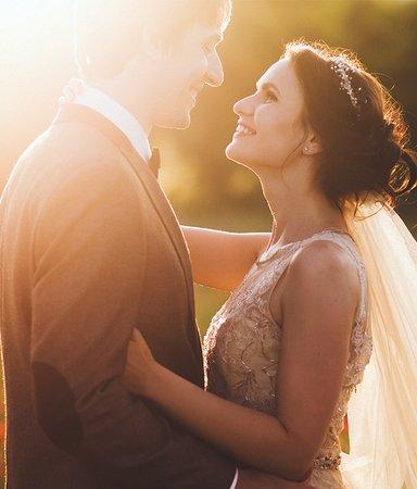9 vackra dikter om kärlek att läsa på bröllop och vigsel
