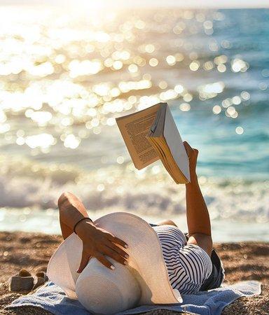 Beach reads! 10 böcker att ta med till stranden