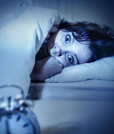 9 böcker som får dig att vilja sova med lampan tänd