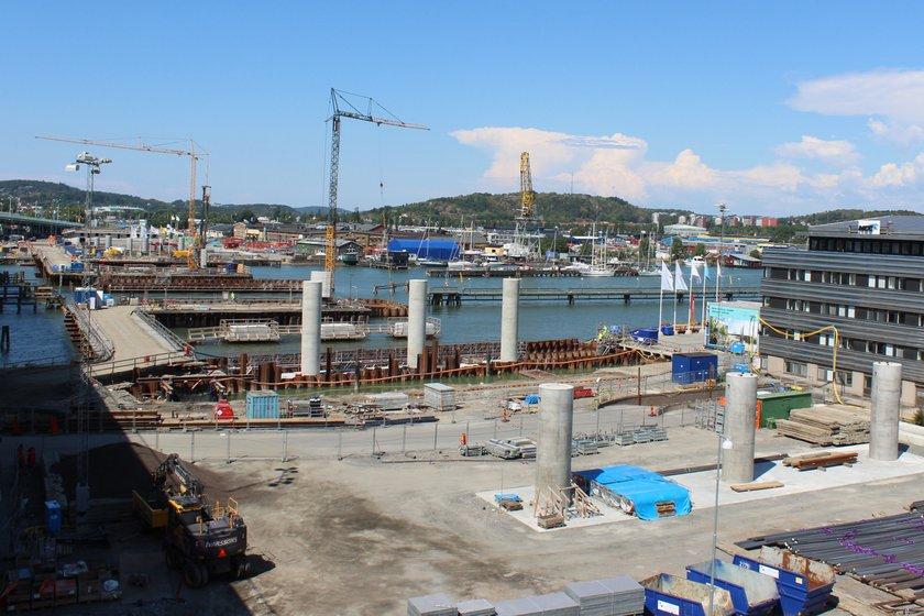 Bygget av nya Hisingsbron har pågått sedan november 2016 och inneburit en del trafikomläggningar. Foto: Trafik Göteborg