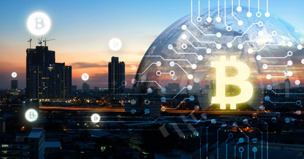 Daily crypto: Prices are going up and experts have different opinions about bitcoin's future.