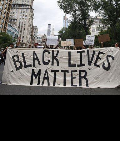 16 böcker om rasism, förtryck och motstånd