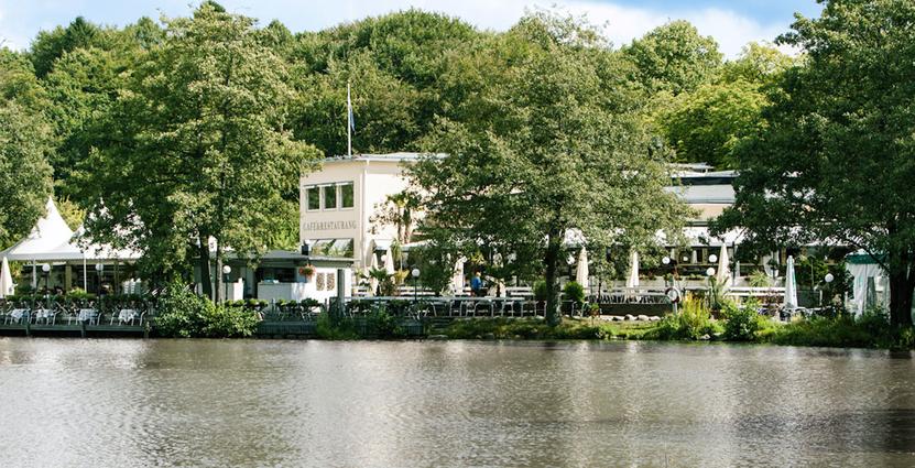 På Villa Belparc i Göteborg märker man av en minskad försäljning<br />  sedan rökförbudet på uteserveringar trädde i kraft i måndags. Foto: Villa Belparc