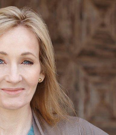 8 anledningar till att JK Rowling är en sann hjälte