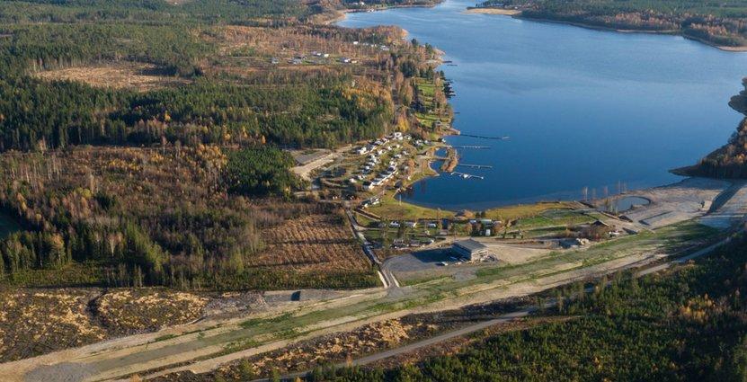 Flygbild över Åviken Fly Camp.<br />  Foto: Pressbild.