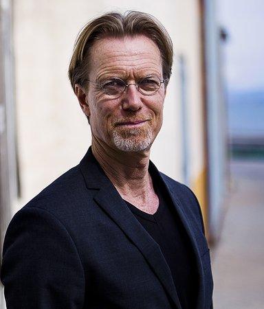 """Anders Roslund: """"Jag har slutat oroa mig över mitt eget liv"""""""