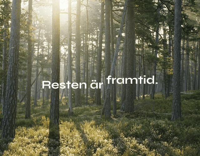 skog med träd och texten resten är framtid