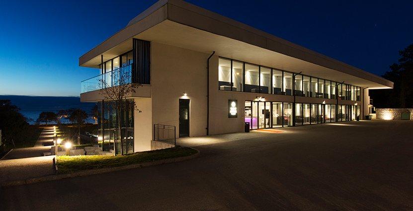 Tott Hotell AB väljer  att inte förlänga avtalet på en fortsatt hotelldrift.