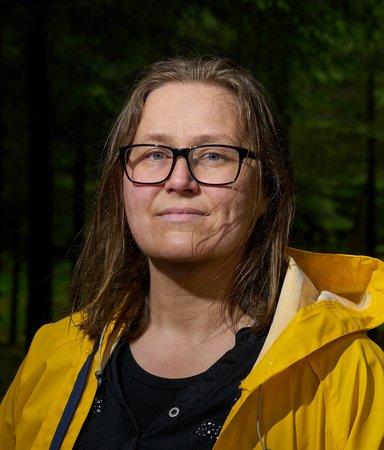 "Olaug Nilssen skrev en bok om sin autistiske son: ""Han slutade helt att tala"