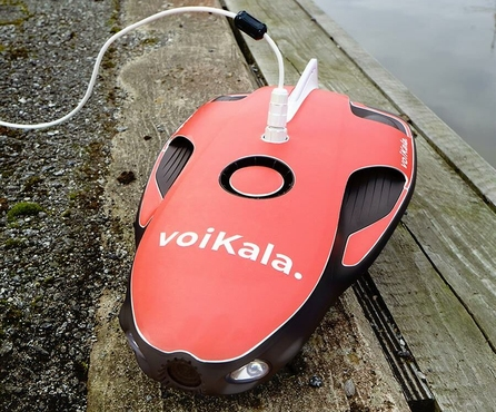 """Voi donated a """"little helper"""" for divers in Turku and encouraged Turku residents to clean the riverbank in collaboration with Keep the Archipelago Clean"""