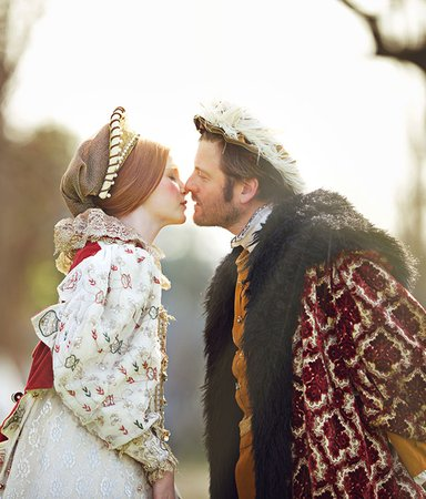 9 kittlande böcker om romantik i historiska miljöer