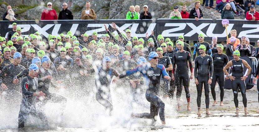 Den 26 augusti inleds något som Tjörns kommun kallar världens svettigaste konstrunda. Tenson Tjörn Triathlon har blivit en av landets största tävlingar i sitt slag.