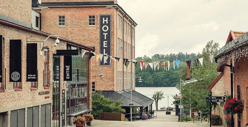 Att utveckla Nääs Fabrikers bomullsspinneri från 1800-talet till hotellrum och kontor krävde samarbete med en lokal antikvarie.