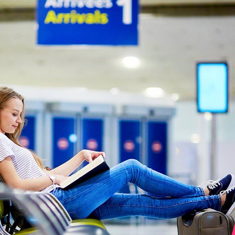 Experterna: Här är bladvändarna vi älskar att köpa på flygplatsen