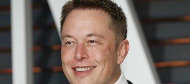Elon Musk: Rymddrömmaren med fötterna på jorden