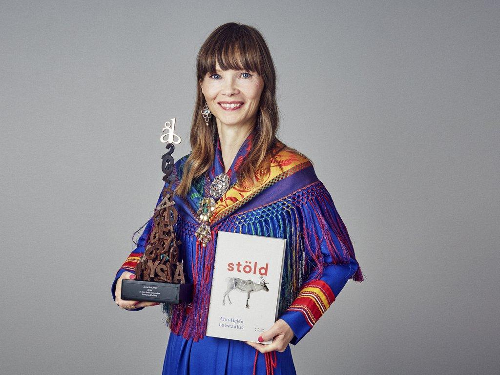 Årets Bok 2021 — Vi har träffat författaren!