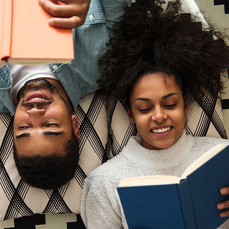 Hurra för högläsning! Här är 6 böcker att läsa för varandra