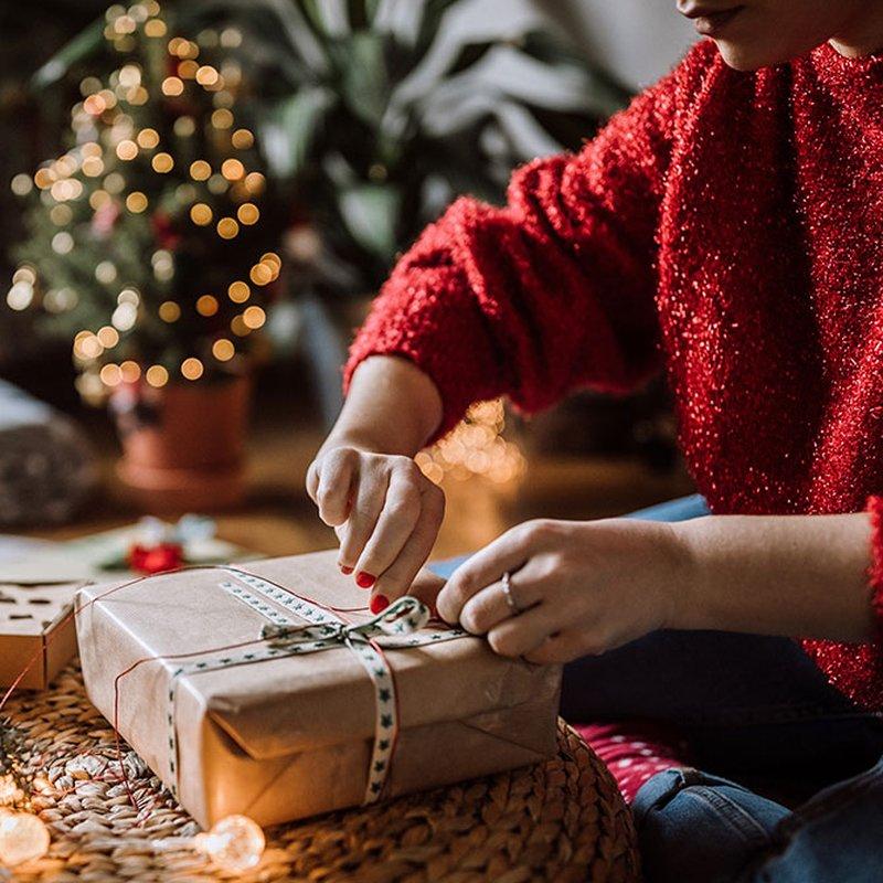 13 julklappsböcker att ge bort (eller önska sig själv)