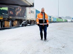 Godsselskapene etterlyser strakstiltak og lengre tog