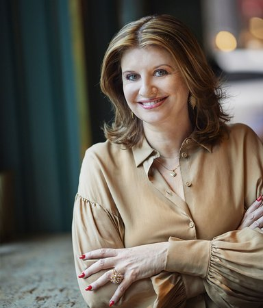 Simona Ahrnstedt kompromissar aldrig med sitt kvinnofokus