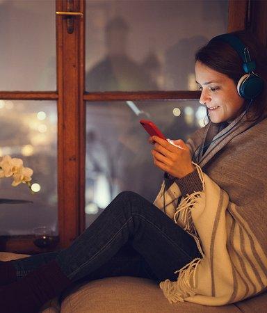 9 mysiga julböcker att lyssna på i december